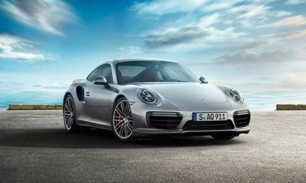 И най-добрият автомобил за 2018- а е: Porsche 911