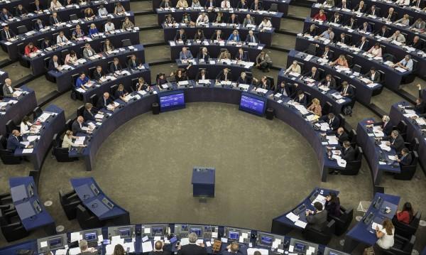 Юнкер предлага охрана за евроизборите