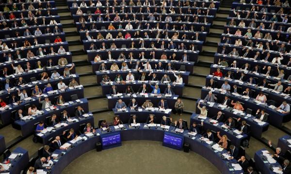 ГЕРБ и ВМРО подкрепиха Орбан в ЕП, а социалистите?