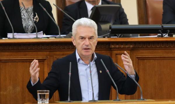 Депутати искат от Борисов: Защитете Унгария пред ЕС!