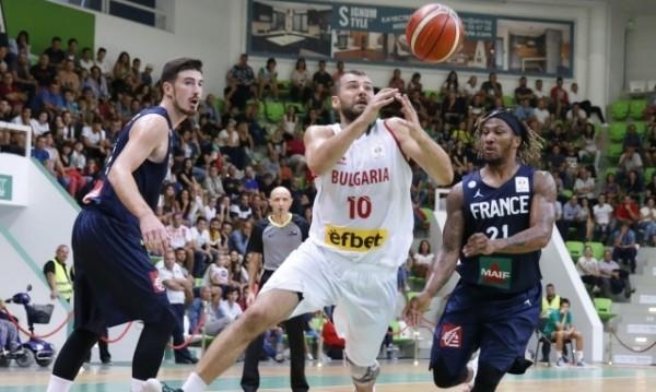 Българските баскетболисти загубиха драматично от Русия