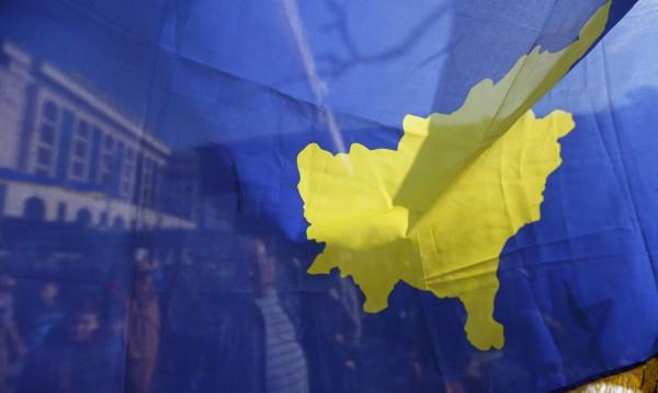 Сблъсък на титаните САЩ и Германия – кой ще надделее за Косово?