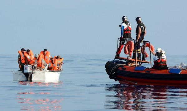 ЕС се чуди за мигрантите, праща ги в Египет