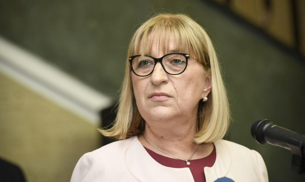 Цачева не ще да е посланик, нито конституционен съдия!