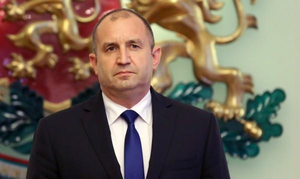Нека поработят... и Румен Радев дава оценка на новите министри