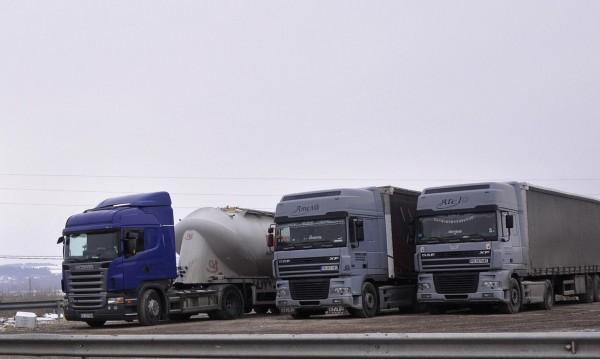 Утре, между 16 и 20 часа: Спират камионите на пътя