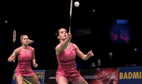 Сестри Стоеви на 1/2-финал, биха вторите в света