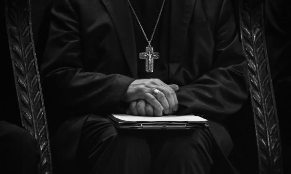 Индийски епископ в ареста, изнасилил монахиня