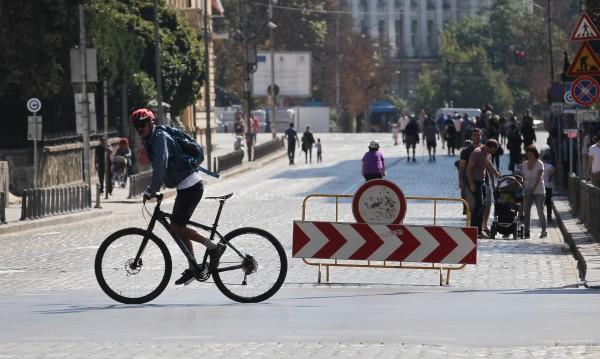 Затвориха идеалния център на София от автомобили