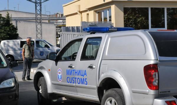 """Митниците: Тежки нарушения във """"Винпром Карнобат"""""""