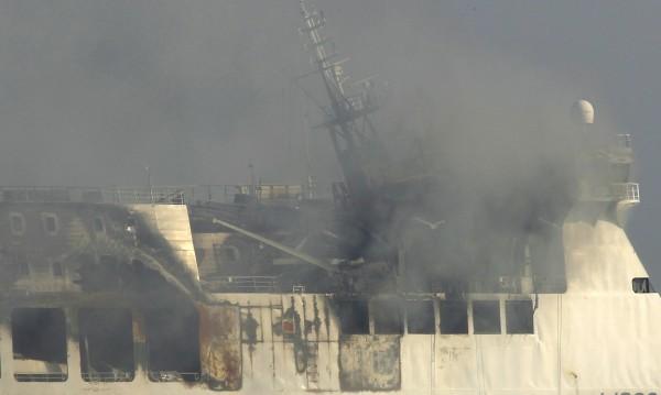 Взрив избухна на ферибот с 335 души в Балтийско море