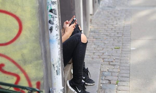 Приложение за тийнейджъри: Говорете спокойно за секс!