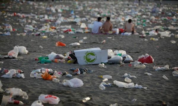 Войната срещу пластмасата: Ще успеем ли да се откажем от опаковките?