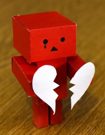 Чувства, сълзи... кои зодии са най- емоционални?