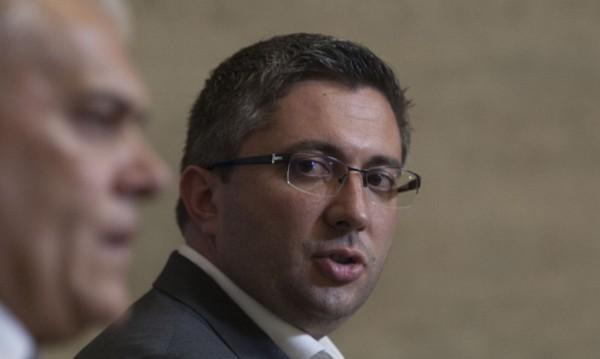 Николай Нанков подава оставка като депутат, гласуват утре