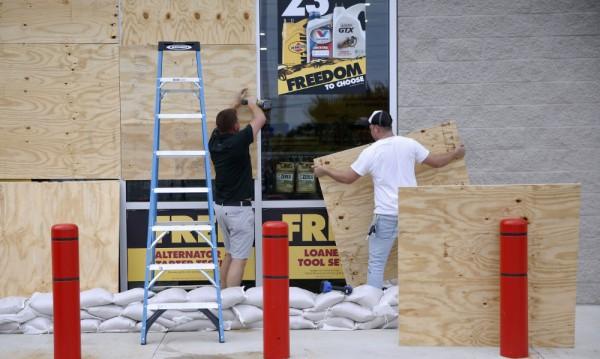 """Ураганът """"Майкъл"""" приближава Флорида със 195 км/ч"""