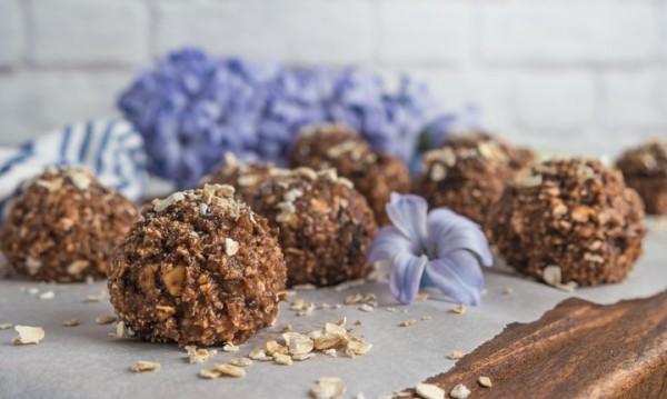 Рецептата Dnes: Домашни бонбони с бадеми