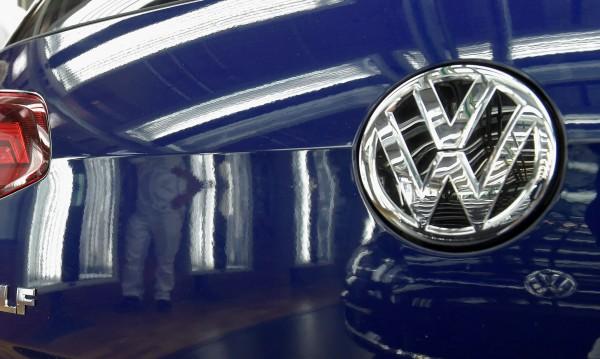 Септември: Продажбите на VW надолу с 18,3%