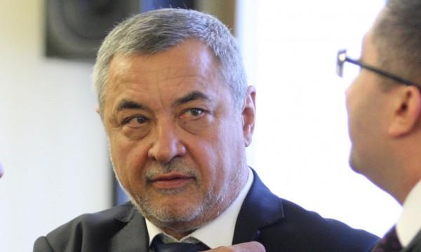 """Симеонов подхвана """"евроразбирачите по всичко"""": Не така с България!"""