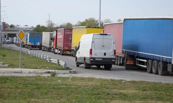По-високи данъци за камиони и стари мотори, скокът - до 133%