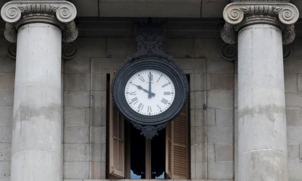 Джамбазки: Смяната на часовото време да е еднаква за Европа!
