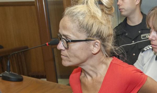 Иванчева искала да спира строежи до 15 м... И и дали!