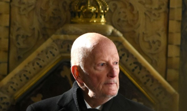 Герджиков се терзае: Как може Царя да няма никаква собственост?