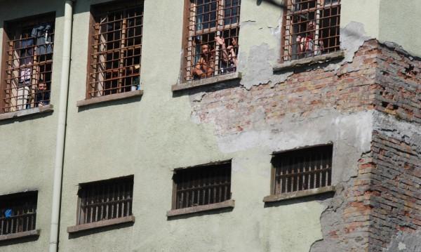 От 5 до 15 години затвор грозят бияча от Славяново
