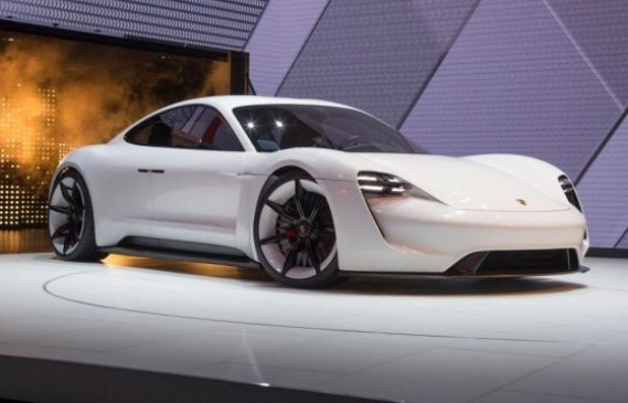 За ценители: Porsche Taycan – по евтин от Panamera
