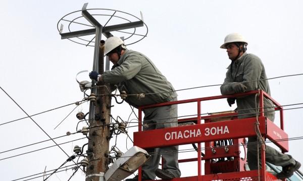 Над 40 села без ток заради бурята в Кърджали