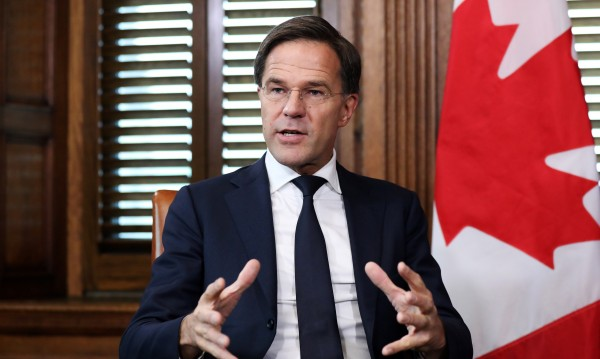 Премиерът на Холандия: Изобщо не опитвайте канабис!