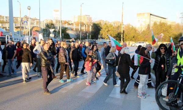 В няколко града: Граждани на протест срещу цените на горивата