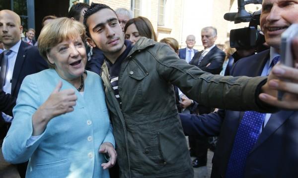 Политическият некролог на Меркел: Тя оцеля... Кой ще е след нея?