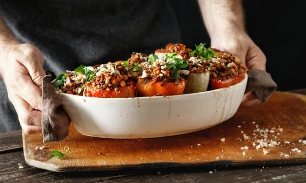 Рецептата Dnes: Царски пълнени чушки с пиле