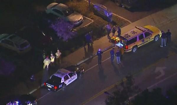 Най-малко 11 ранени при стрелбата в бар в Калифорния