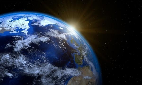 Колко тежи Земята? А колко тежат всички хора?