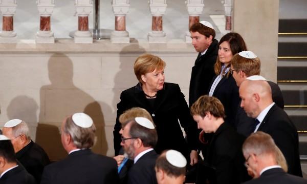 Меркел се притесни: Засилва се антисемитизмът