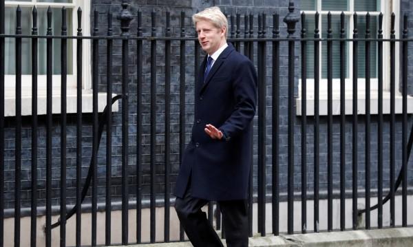Британски министър подаде оставка, зове за нов референдум