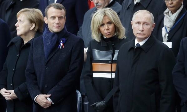 Защо му трябва на Владимир Путин обща европейска армия?
