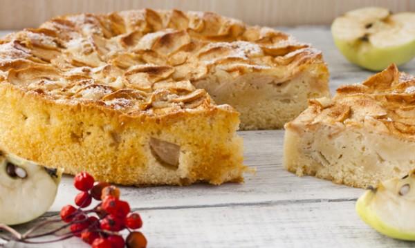 Рецептата Dnes: Сладкиш с ябълки и орехи