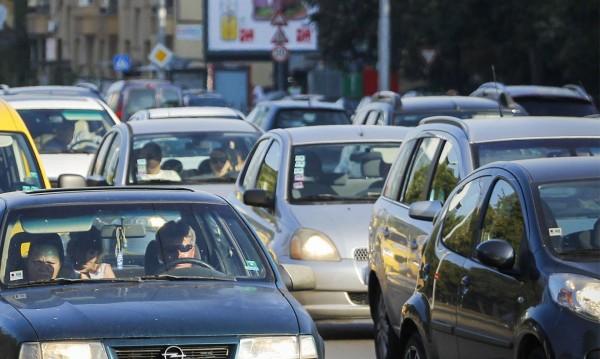 """КФН сметна: 80% от шофьорите ще плащат по-малко с """"бонус-малус""""!"""