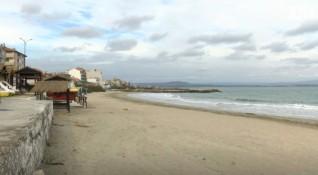 Концесионни мераци: Улица, тротоар, дворове... поморийски плаж!?