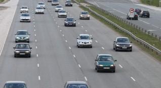 Фандъкова зове: Министри, депутати, граждани – без коли!