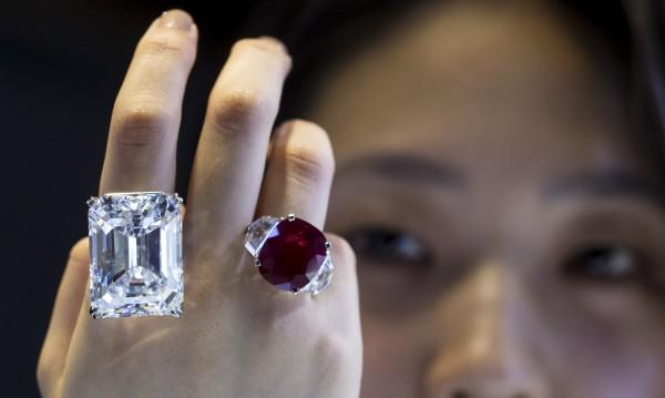 Половината лукс стоки в света се купуват от... китайци