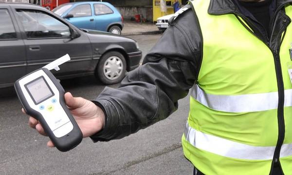 Пиян шофьор без книжка блъсна полицай в Русе