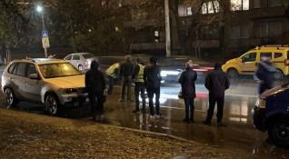 Кола погуби пешеходец на пешеходната пътека в София