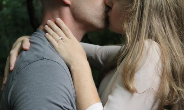 Кои са ерогенните зони, които не бива да пропускате?