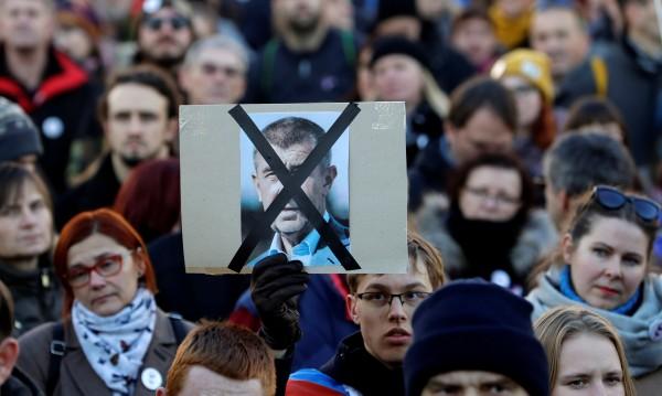 Чешкият премиер: Протестите ми дават сила!