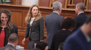 Вицето Николова обеща: Ще отговарям за думите си!