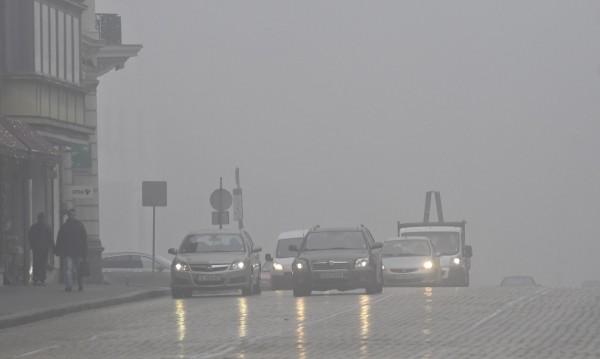 По-скъп данък за старите коли, но пък по-чист въздух